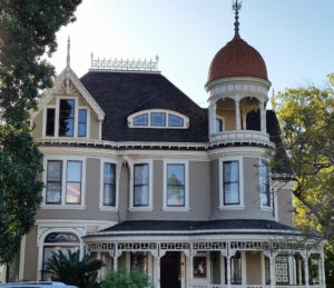 victorian home in bankers hill san diego